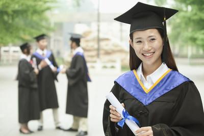 大学生的毕业时间